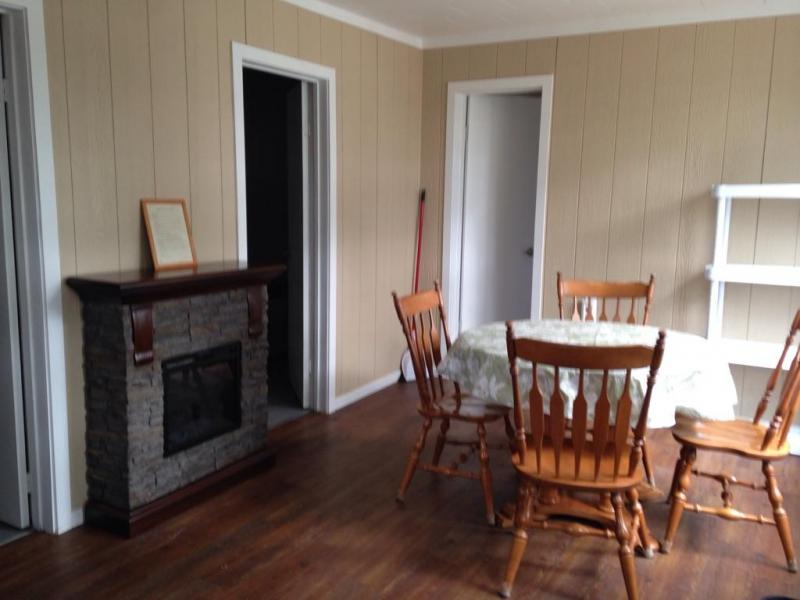 Cottage #1 - Dining Area
